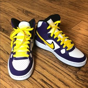 Nike FORCE youth high tops